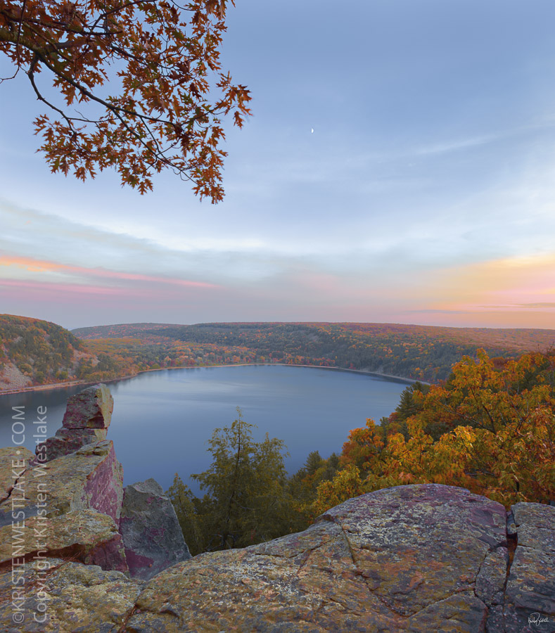 travel to and photograph Wisconsin's most beautiful places: Devils Lake